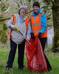 Volunteers from Killarney Tidy Towns, Bernadette Randles, left and Emer Corridan,