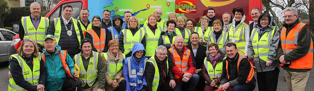 An Taoiseach Leo Varadkar TD, called to Aghadoe, Killarney during The Annual KWD County Clean-Up Day, to see at first hand Kerry's biggest annual mobilisations of community groups, Tidy Towns committees, sporting organisations, individual residents and families across the county. Now in its eighth year, it is organised by Kerry County Council and  facilitated by KWD Recycling.Brendan Griffin is Minister of State at the Department of Transport, Tourism and Sport, Cllr Norma Foley, Cathaoirleach Kerry County Council, Moira Murrell, Chief Executive, Kerry County Council, Cllr John Sheahan, Cllr Niall Kelleher, Vice President Killarney Chamber of Tourism and Commerce, Sean Murphy, Director KWD Recycling, Oonagh O'Connor, Environmental Officer Kerry County Council.Photo:Valerie O'Sullivan/FREE PIC